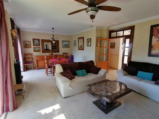 Casa adosada en venta en Almuñécar, Velilla - Veli