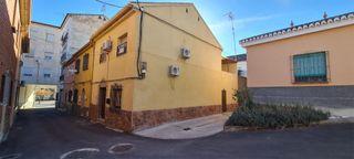 Casa adosada en venta en Guadix. Guadix   Calle Sa