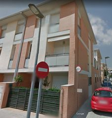 Rent Semi detached house in Pintor josep renau, 39. Alquiler duplex  amueblado