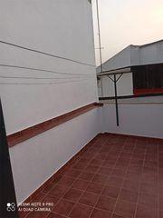 Casa adosada en alquiler en Peñaflor. Peñaflor   C