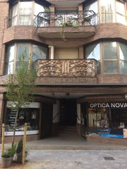 Alquiler Local Comercial en Carrer calabria, 15. Local comercial 156 m² al centre de la garriga
