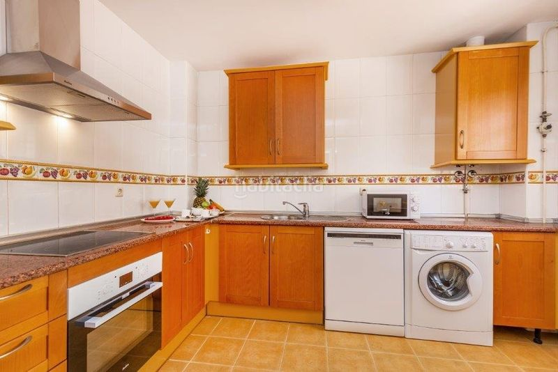 Piso en Calle prado (river garden), sn. Precioso apartamento en lugar tranquilo particular (Marbella, Málaga)