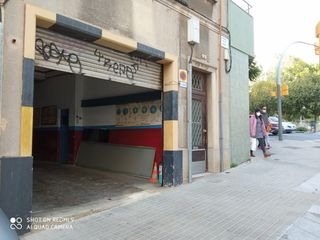 Local industrial en Carrer vinya, 37. Local en venta
