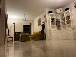 Piso en alquiler en Tomares, Centro. Magnifico pis