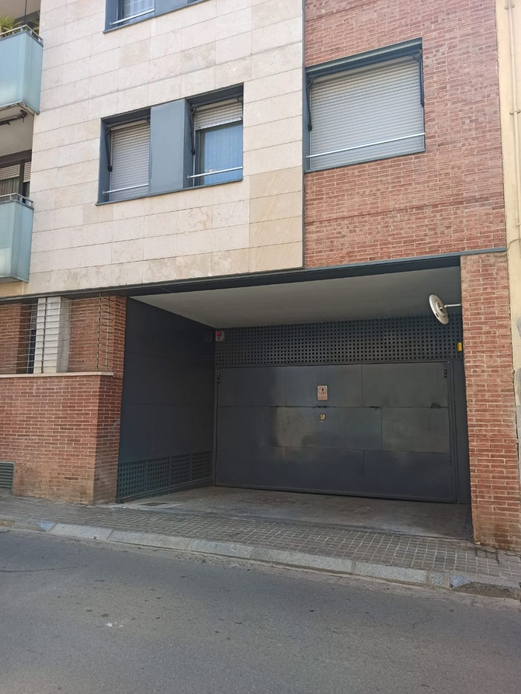 Alquiler Parking coche en Carrer unio, 172. Parking c/unió 172 centre sabadell