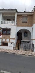 Casa adosada en venta en Albolote. Casa en albolot