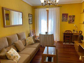 Piso en alquiler en Ávila, Centro. Apartamento amu