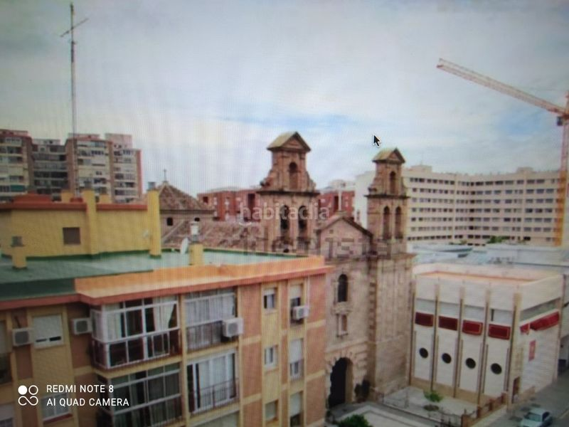 Alquiler Ático en Calle plaza de toros vieja, 22. Precioso y moderno ático abuhardillado (Málaga, Málaga)