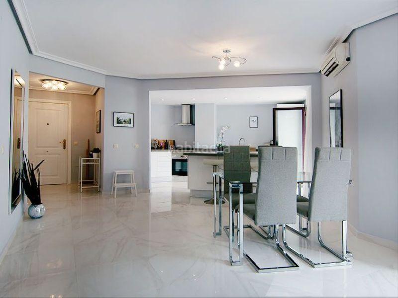 Alquiler Piso en Calle las ventas, 13. Apartamento 2 habitaciones muy bonito (Marbella, Málaga)