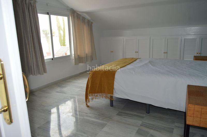 Alquiler Dúplex en Avenida bulevar ashmawi, sn. Duplex atico milla de oro (Marbella, Málaga)