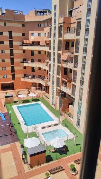 Piso en La unión mercantil, 33. Luminoso piso de 3 habitaciones en recinto cerrado (Málaga, Málaga)