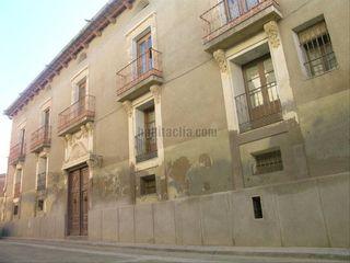Casa en alquiler en Monzón. Casas Monzón