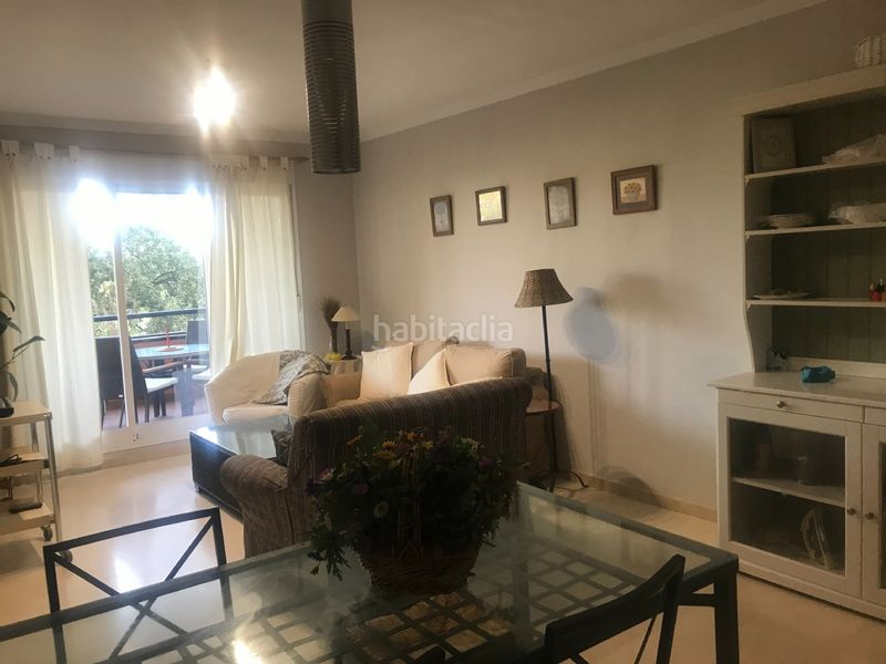 Alquiler Piso en Calle hacienda (la), 6. Solo sep a junio precio 750 euros/mes (Marbella, Málaga)