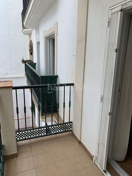 Alquiler Piso en Calle manuel marin, 3. Céntrico. cerca de todo servicio. (Nerja, Málaga)