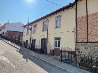 Casa en venta en Cervera de Pisuerga. Casa y terre