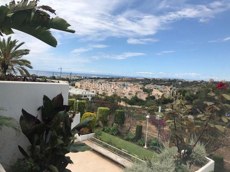Piso en Calle cerro andevalo, sn. Vistas panomarica (Marbella, Málaga)