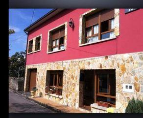 Casa pareada en venta en Siero, La Pola Siero. En