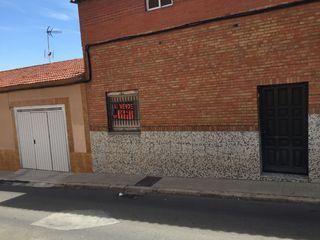 Casa adosada en venta en Puertollano, Las Mercedes