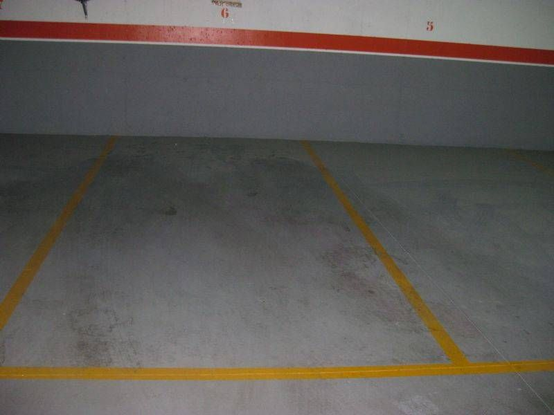 Car parking  Carrer lavoisier. Vendo plaza de parking