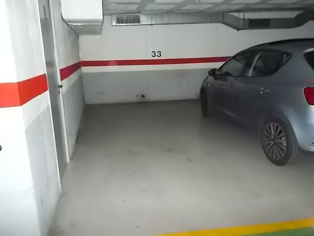 Parking coche en Pep Ventura