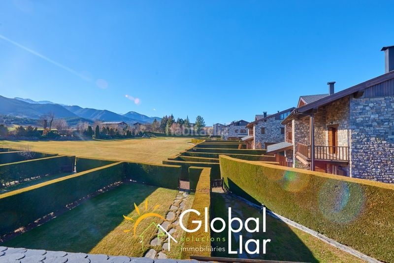 Foto 5035-img3685325-51801108. Semi detached house with fireplace heating parking pool in Bellver de Cerdanya