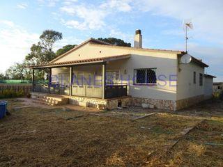 Casa  Urbanizacion 7 km lloret de mar - costa brava. Gran terreno 2850 m2