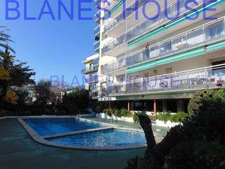 Piso en Avinguda vila de blanes, 42. Terraza y piscina