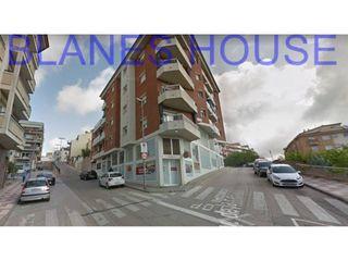 Locale commerciale Avenida DE LA PAU. Locale commerciale in vendita in blanes, mercat-mas moixa costa