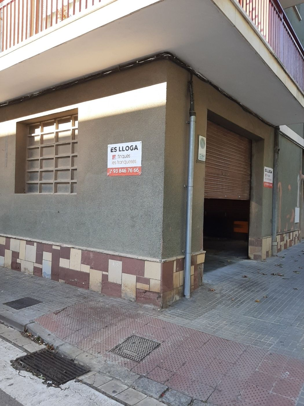 Rent Business premise  Ctra. ribes. Muy centrico!!