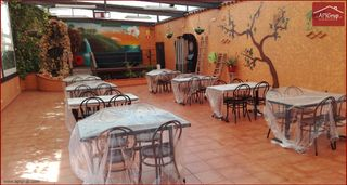 Rent Restaurant in Carrer sant ramon de penyafort, 17. Oprtunidad negocio