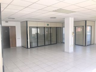 Office space in Carrer Balmes, 8