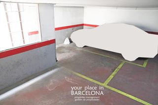 Parking coche en Plaça Tetuan