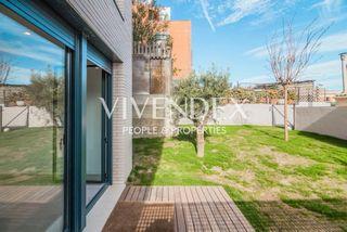 Appartamento  Carrer general mendoza. Planta baja  dúplex con jardín