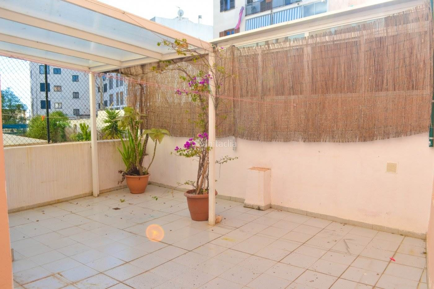 Ground floor in Son Dameto. Planta baja de 83 m2 con 2 dormitorios y parking privado en son