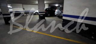 Parking coche  Carrer jaume isern. Zona plaza granollers