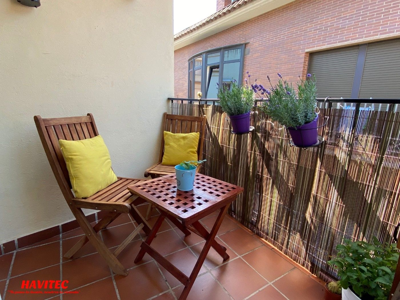 Appartement  Carrer sant ignasi. Balcon y parking. pleno centro