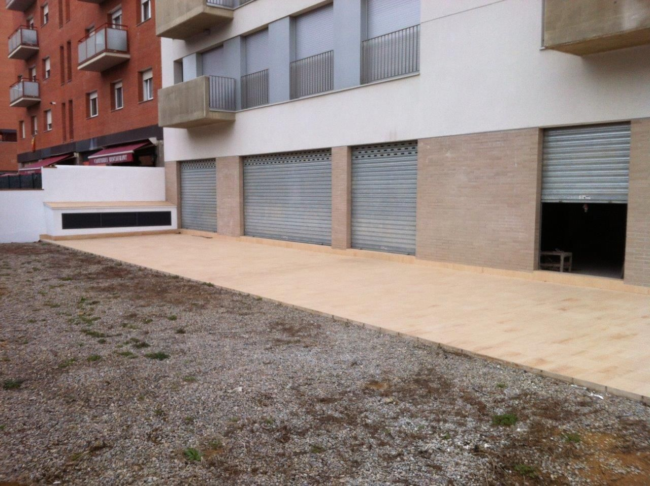 Business premise in Carrer moreneta, 45. Local comercial a salt