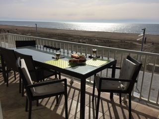 Location Appartement  Playa. Con vistas al mar y agua incl.