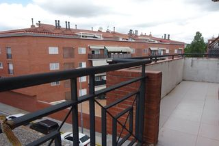 Appartement  Carrer margarida xirgu. Soleado, vistas y parking