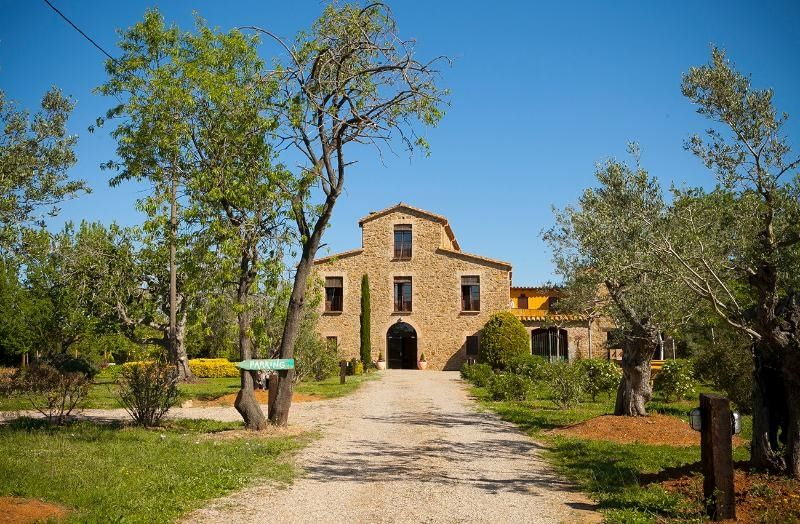Country house in Sn, sn. Bonita masia con piscina