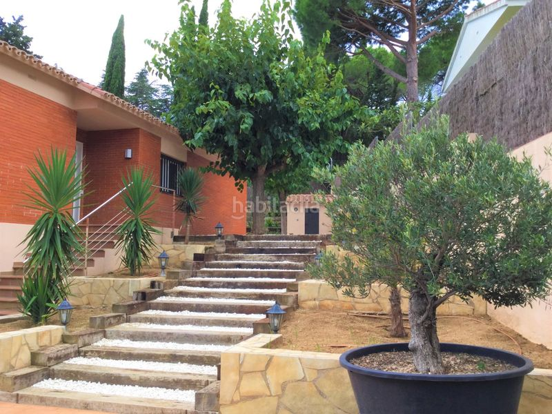 Escalera de traviesas. Miete haus mit heizung parking pool in Sant Vicenç de Montalt