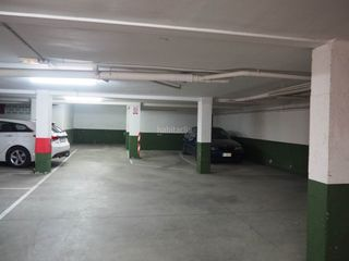 Autoparkplatz in Tona. Parking en venta en tona