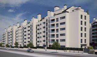 Ground floor in Calle luis garcia berlanga, 1. Obra nueva. New building
