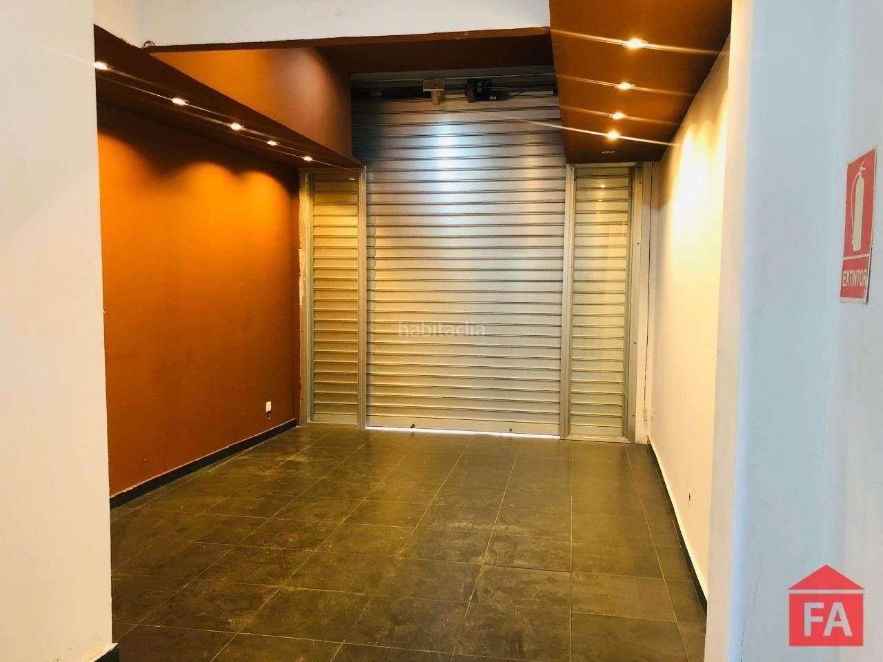 Alquiler Local Comercial en Centre. 8380 vendrell, local 40 m2 en pleno centro