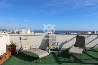 Penthouse  Avinguda oliveres (de les). Ático con terraza y solárium