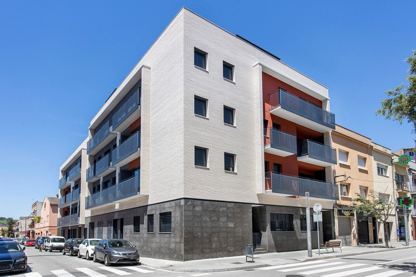 Ground floor  Carrer francesc macia. Obra nueva
