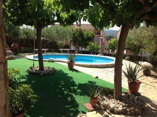 Chalet  Els avets. Chalet con 3 habitaciones, piscina, calefacción y aire acondicio