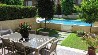 Casa adosada  Eixample. Casa 5h, piscina, jardín