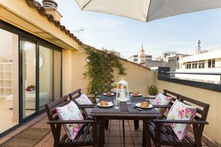Holiday lettings Duplex  Carrer lepanto. Gran terraza