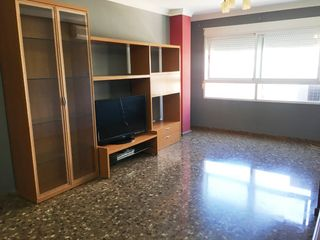Flat in Calle balmes, 35. 100m2. exterior